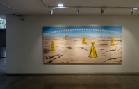 imagen de la sala Emilio Ellena donde se puede ver parte de la exposición de Camilo Ortega The Land of Champion